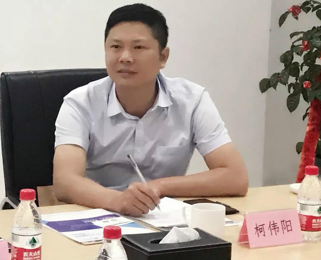 临夏州扶贫办副主任 柯伟阳_meitu_12.jpg